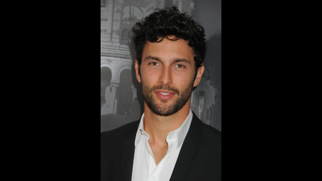 Noah Mills Actor And Canadian International Model Youtube