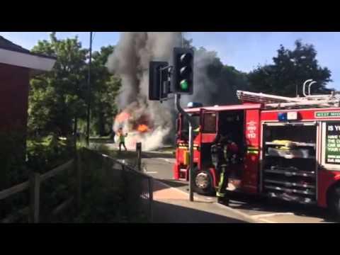 U1 Bus Catches on Fire at Warwick University