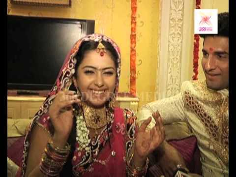 Roli (Avika Gor) and Siddhant showing their real life ...