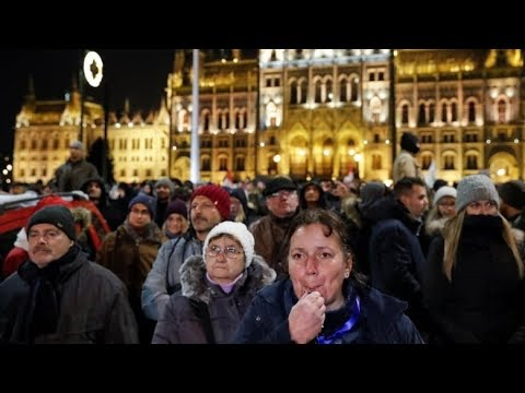 Overtime law sparks protests in Hungary