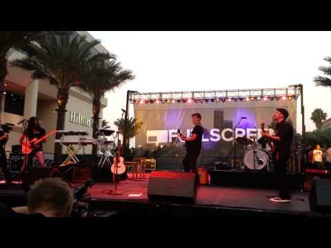 Tyler Ward - LIVE - vidcon 2013