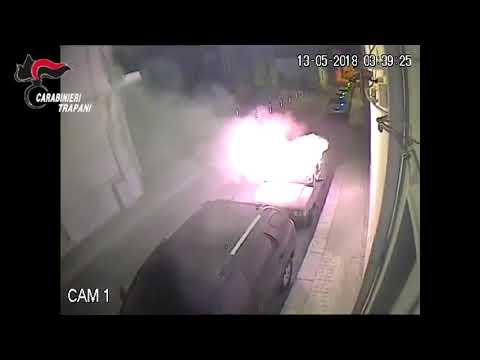 Auto a fuoco a Trapani : catturato il piromane seriale