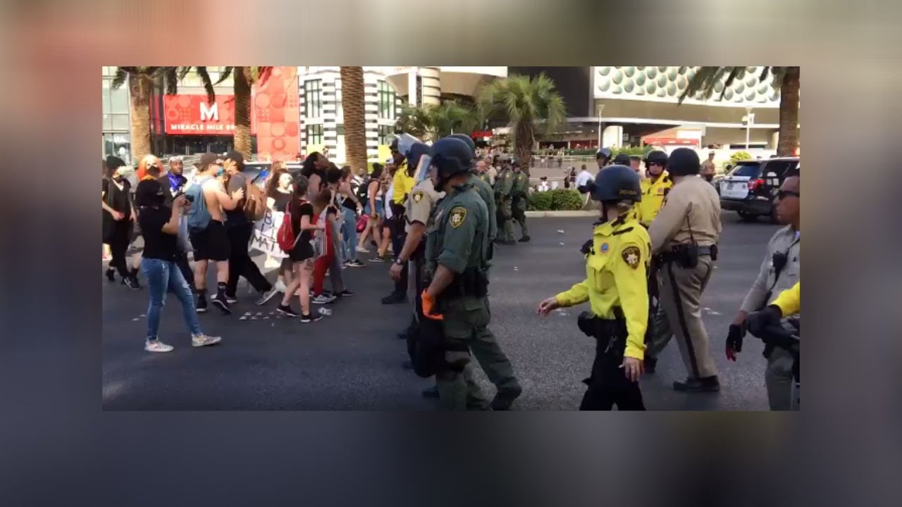 Black Lives Matter protesters take to Las Vegas Boulevard