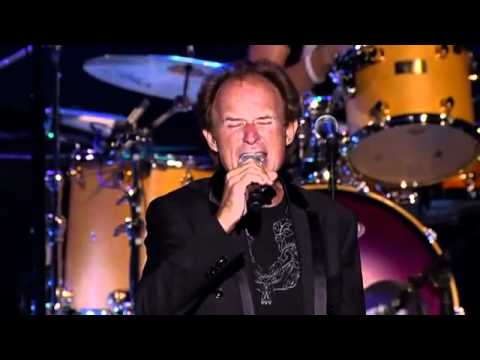YouTube - 'Dream Weaver' Live w- Gary Wright & Ringo Starr and His All starr Band.flv