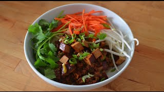 Zha Jiang Mian (炸酱面) - Saucy Chinese Noodles Made Easy