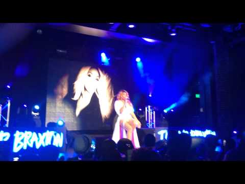 "Tamar Braxton - ""Prettiest Girl"" Live in Birmingham, AL."