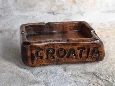 handmade unique wooden souvenirs - ideas for original gifts