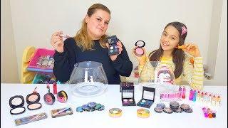 Melike vs Ayla Makyaj Malzemeleri İle Slime Challenge - Oyuncax Tv
