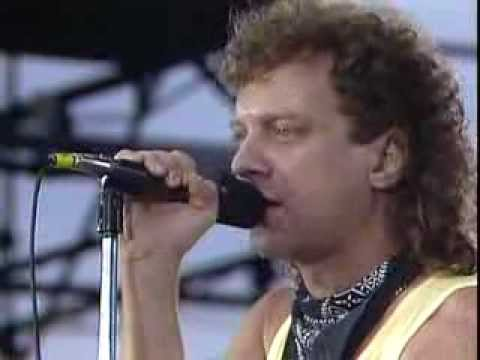 Foreigner - I Want To Know What Love Is (Live at Farm Aid 1985)
