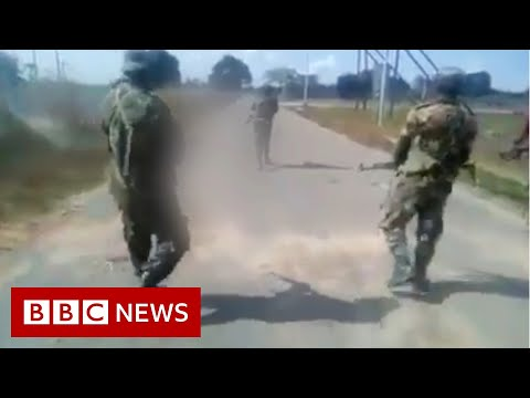 Mozambique: Why did these men shoot a naked woman dead? - BBC News