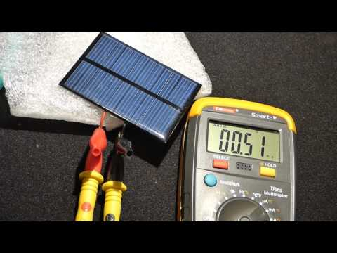 Experiment using fresnel lenses to direct more light to a solar cell indoor
