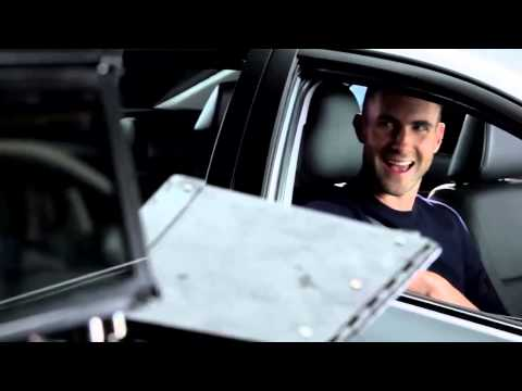 Corolla Altis - Adam Levine - Behind The Scences