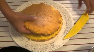 Torta mimosa con ananas e rum