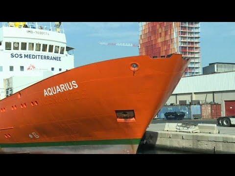 وقف أنشطة إنقاذ المهاجرين في البحر المتوسط بسفينة أكواريوس…  - 23:53-2018 / 12 / 6