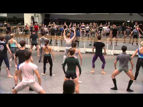 The Royal Ballet Full Class - World Ballet Day 2014