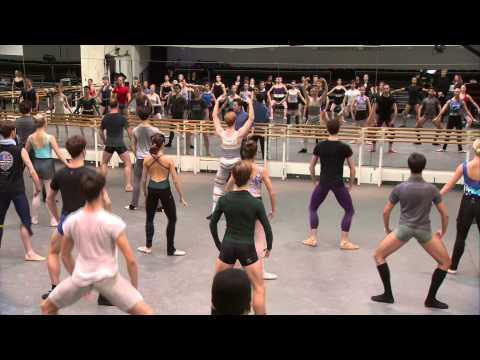 The Royal Ballet Full Class - World Ballet Day 2014