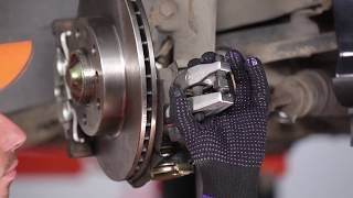 Wie PEUGEOT 307 CC (3B) Bremsbeläge für Trommelbremsen austauschen - Video-Tutorial