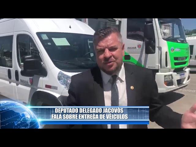 DEPUTADO DELEGADO JACOVÓS REALIZA ENTREGA DE VEÍCULOS