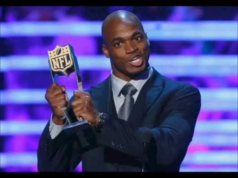 Adrian Peterson beats out Peyton Manning to win MVP