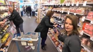 Natasja Nijboer wint 1 minuut gratis winkelen AH Dedemsvaart