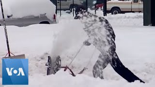 Heavy Snow Blankets Towns in Washington State