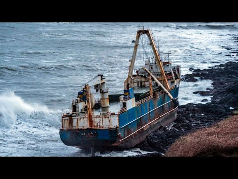 К берегам Ирландии прибило корабль призрак