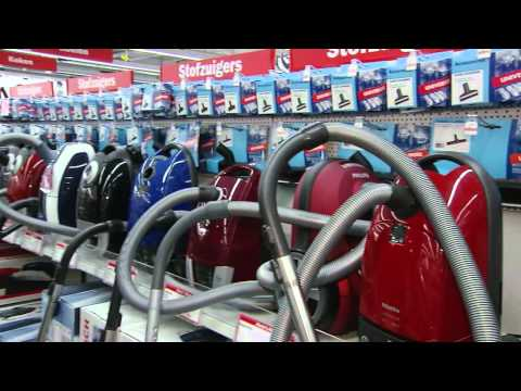 mediamarkt dyson dc33c plus productvideo doovi. Black Bedroom Furniture Sets. Home Design Ideas