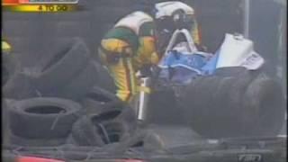Patrick Carpentier serious crash - Champcar Surfers Paradise 2004