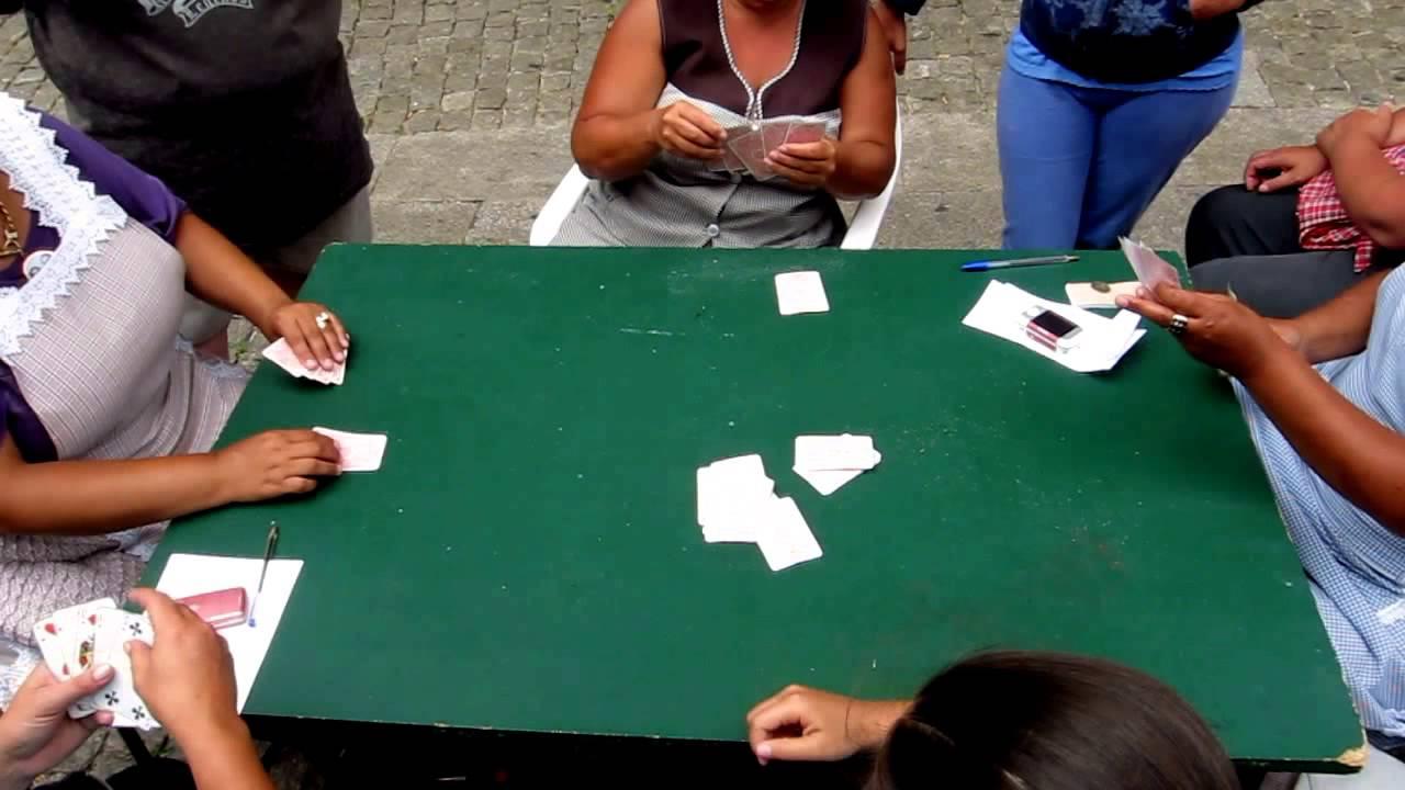 Download Mulheres jogam à lerpa na Sé - Museu do Resgate