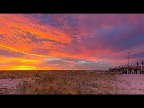 #timelapse #motioncontrol #sunrise #sunset #dusk Largs Bay Sunset (Amazing Sun SettingTimelapse)