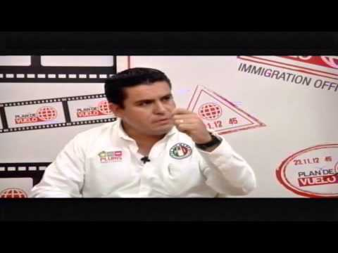 """Alex Domínguez promueve """"Más con menos pluris"""""""