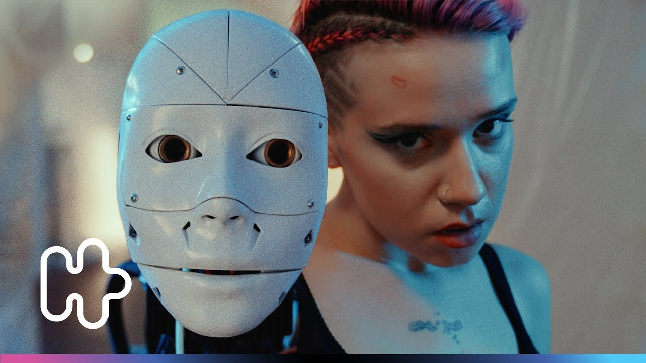 RUBY X E-Bliss - DÜNYA SOĞUK (Official Video)