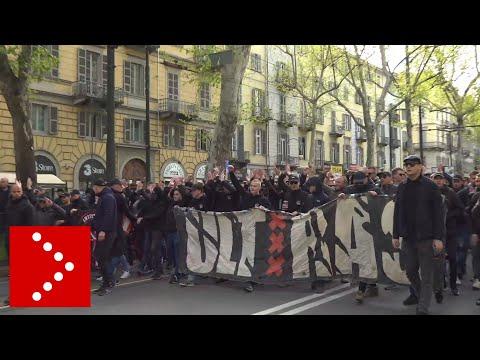 Champions League, gli ultras dell'Ajax a Torino: il corteo improvvisato