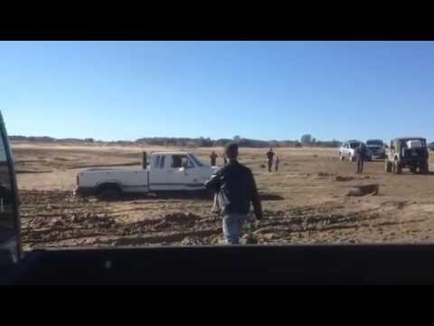 Ford VS jeep 2x and ram and BADLAND WINCH 12000 by Dre R