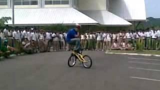 Atraksi Sepeda Di Smk Negeri 2 Banda Aceh Mp4 Youtube
