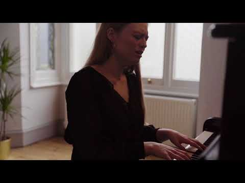 Freya Ridings - Why Do I Do This? (Live)