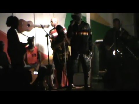 Catcha Fyah Show : Plan D and Farmily Set (raw footage)