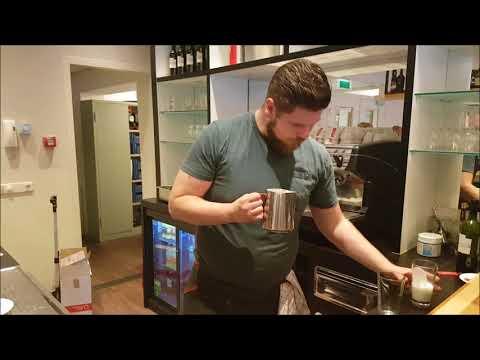 Barista Workshop: Latte Macchiato zetten