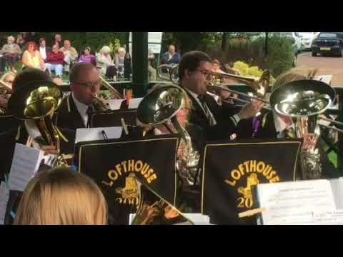 Wetherby Bandstand - Lofthouse 2000 Brass Band - Goldcrest