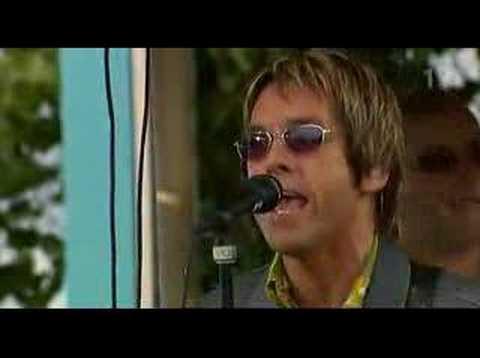 Gyllene Tider - En sten vid en sjö i en skog (live 2004)