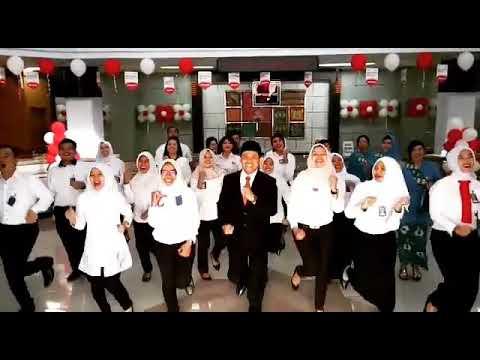 Selamat hari kemerdekaan RI ke 72. dance by  pekerja BRI cabang Ngawi .. (song: bendera by coklat)