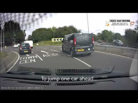 Dash Cam Bad Driving UK 016 - 2019