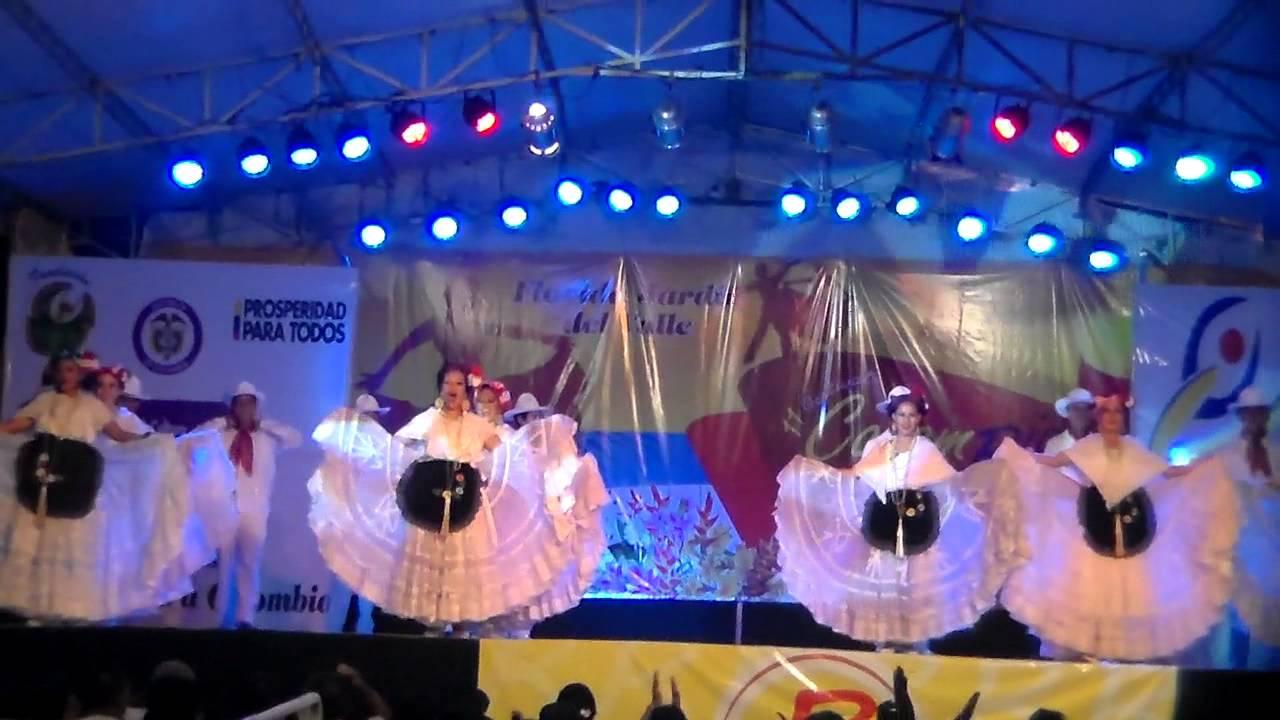 Colombia Baila 2013. Delegación México. Veracruz parte 1 - YouTube
