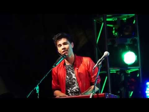 Let It Go (Theme from Frozen) Sam Tsui - VidCon 2015