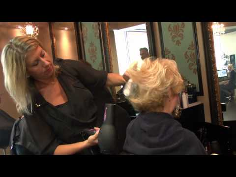 OUT AND ABOUT / SALON BELLEZZA
