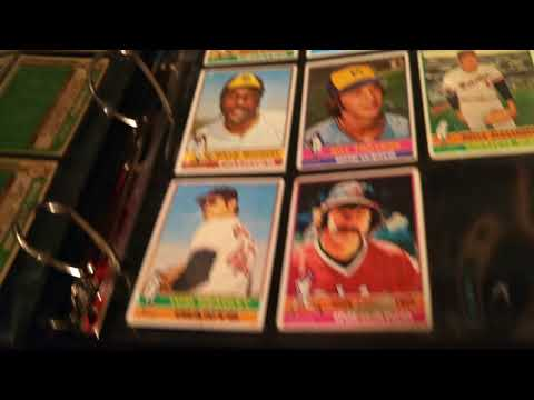 Putting My 1976 & 1982 Topps Baseball cards in Binders & Also got another Storage Box