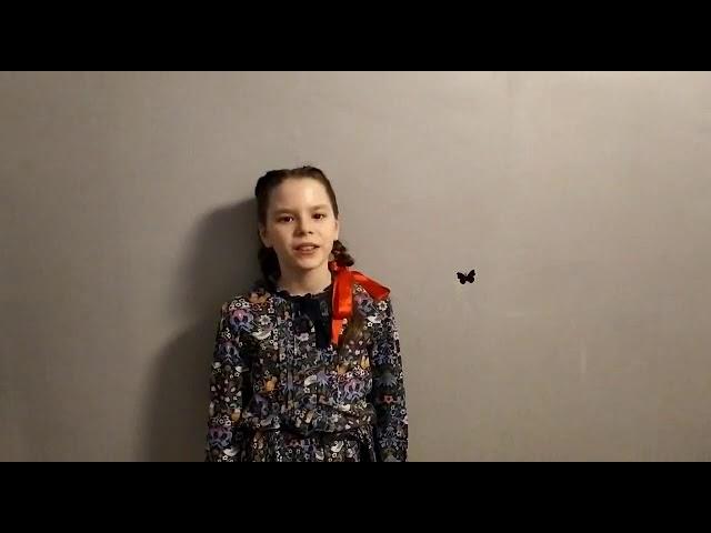 Изображение предпросмотра прочтения – ЯрославаВеликоцкая читает произведение «Принц и лебеди» М.И.Цветаевой