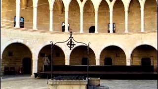Замок Бельвер (Castell de Bellver) Пальма-де-Майорка -путешествие по достопримечательностям Пальмы(Замок Бельвер (Castell de Bellver) Пальма-де-Майорка. Этот ролик обработан в Видеоредакторе YouTube (http://www.youtube.com/editor), 2016-11-19T14:45:05.000Z)