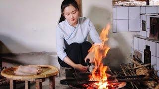Download Video 猪皮最好吃的做法,火烧后拌上各种作料:傣味柠檬猪皮【滇西小哥】 MP3 3GP MP4