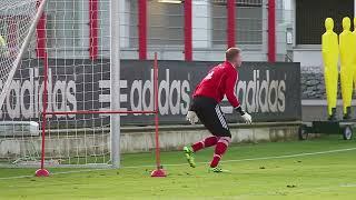 Torwarttraining Manuel Neuer, Tom Starke und Lukas Räder beim FC Bayern München